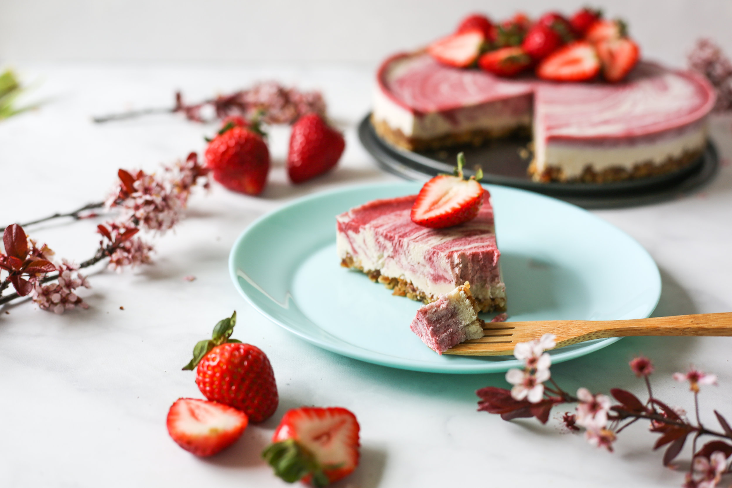 Raw Strawberry Cheese Cake-19.jpg