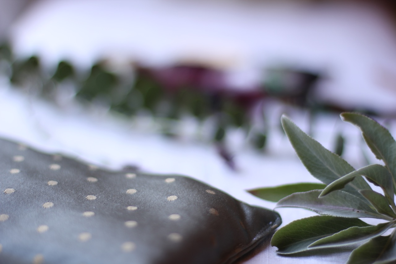 AROMATHERAPY SESSIONS & CUSTOMIZED PRODUCTS - the power of scent