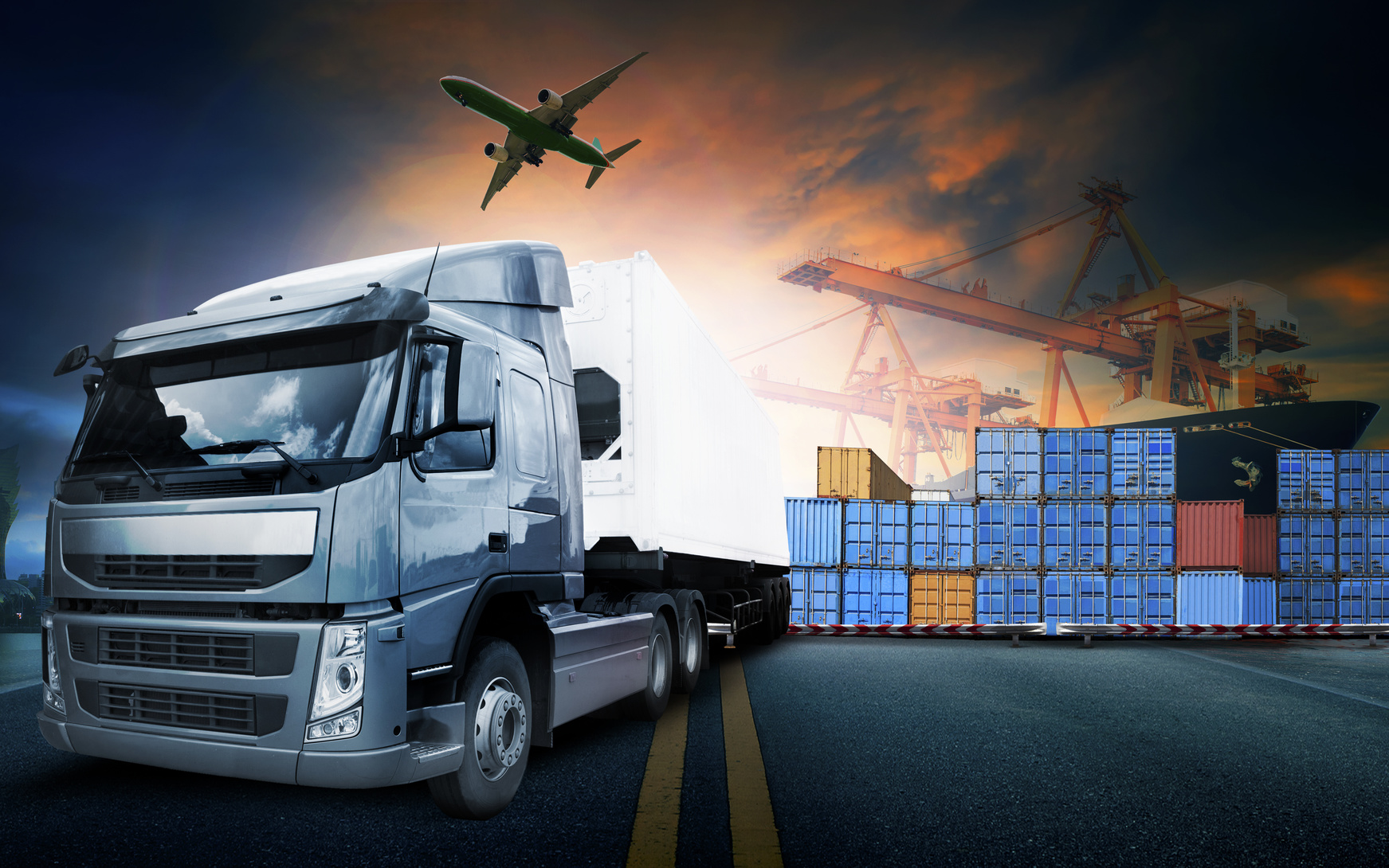 Whether it's trade show shipping, determining freight class, or understanding freight insurance, Diamond Global Logistics provides unbeatable freight logistics services.