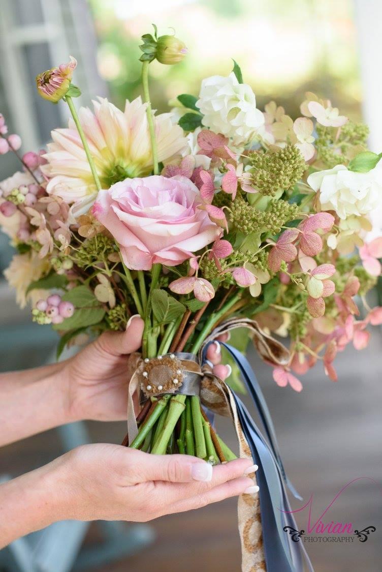 brides-bouquet-at-crested-henn-farms.jpg
