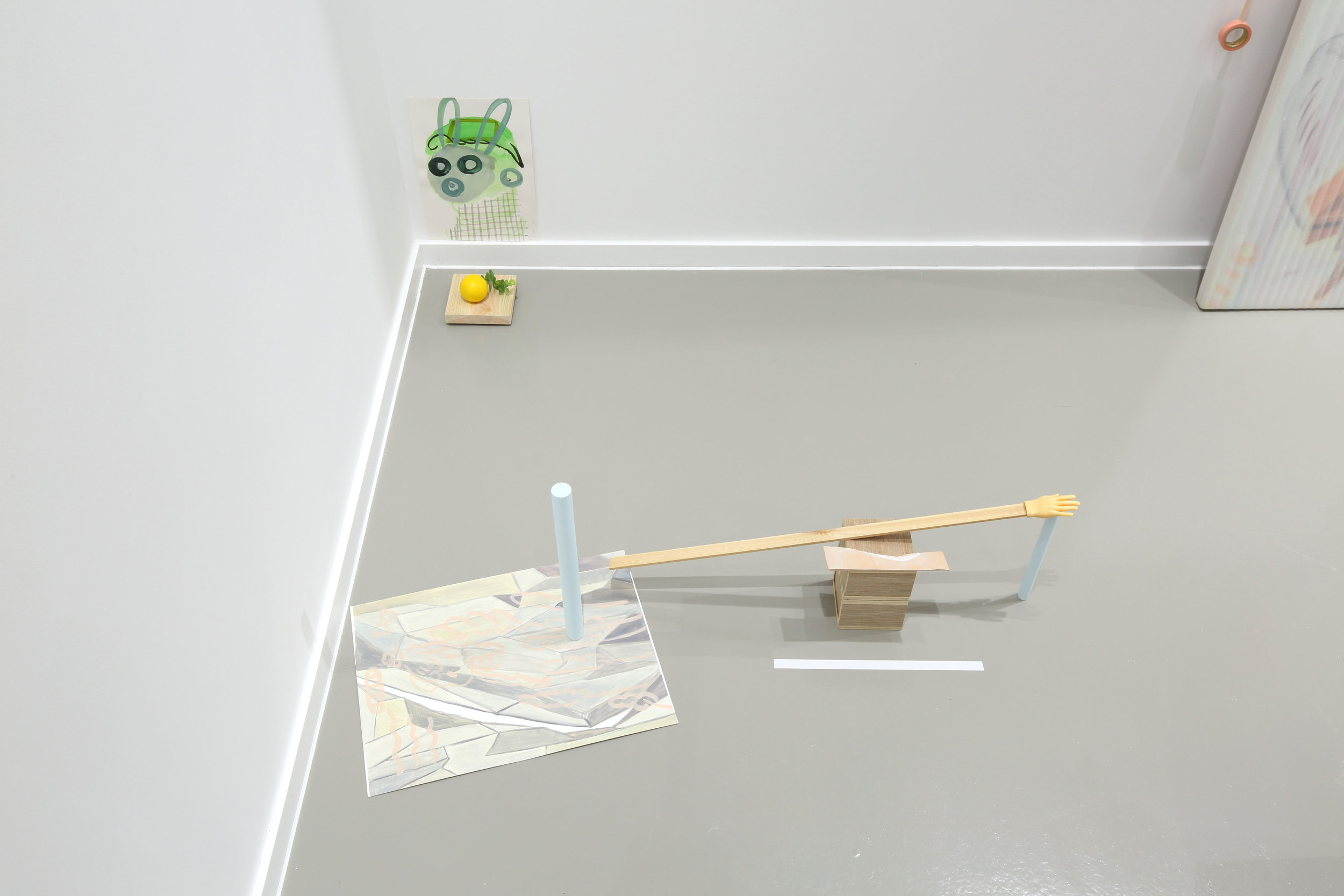 Spaced-out person/ My multiple angel    2019, Watercolor on paper, clay, artificial leaf, wood, Dimensions variable    /    2019, Oil on paper, glazed ceramic, wood stick, wood box, masking tape ready-made object, Dimensions variable
