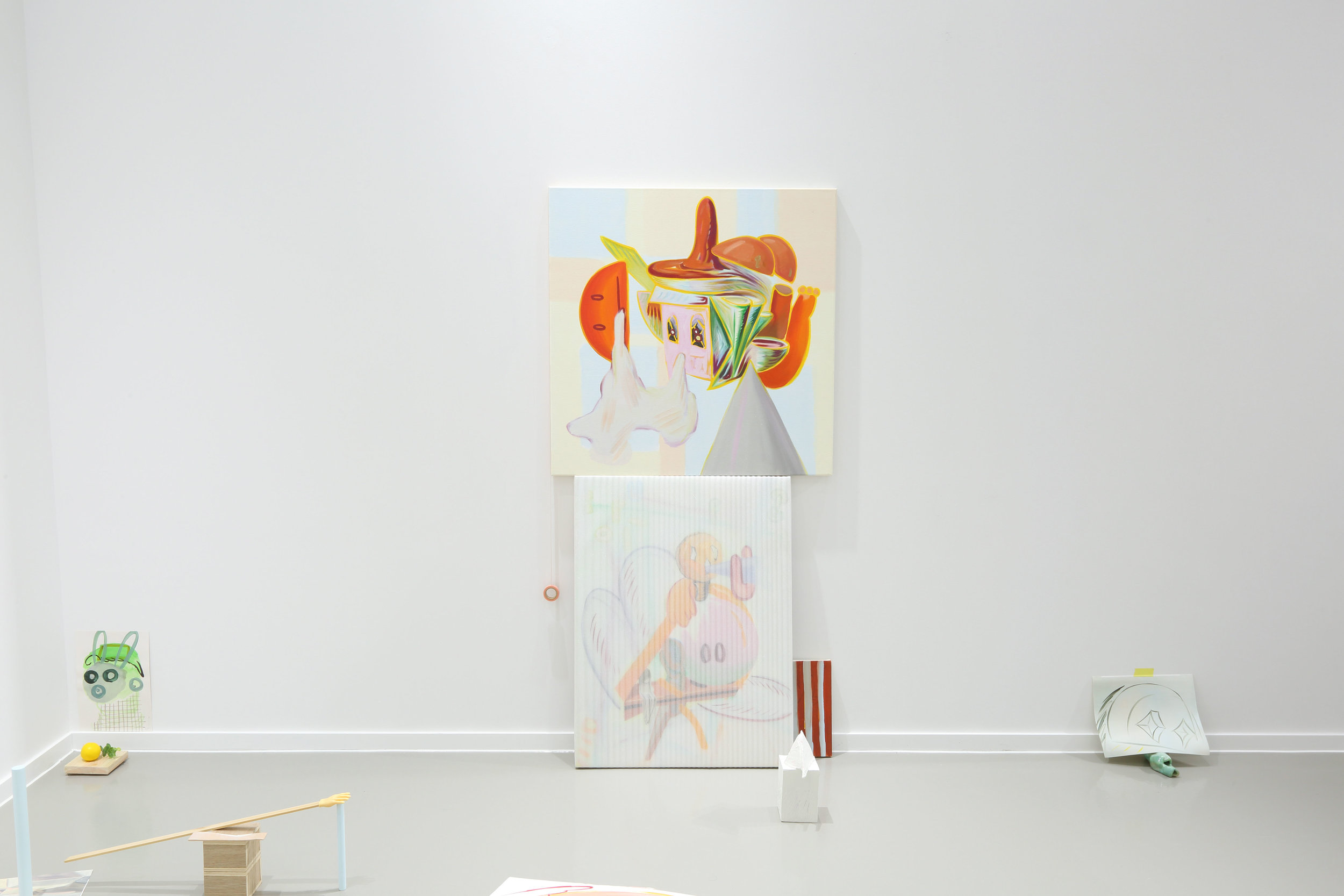 Pretty face    2019, Oil on canvas, wrapped painting, colored plaster on styrofoam, masking tape, Dimensions variable