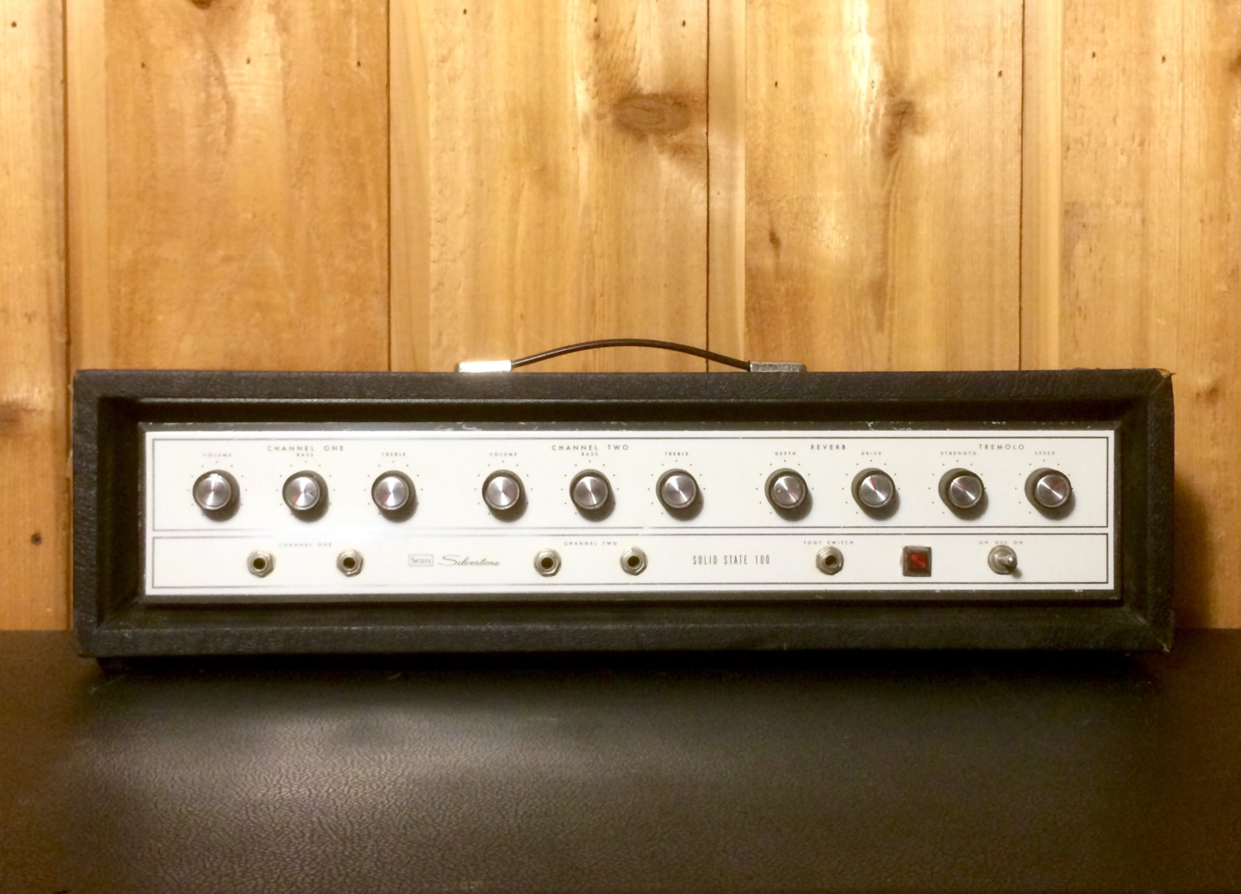 Silvertone Solid State 100
