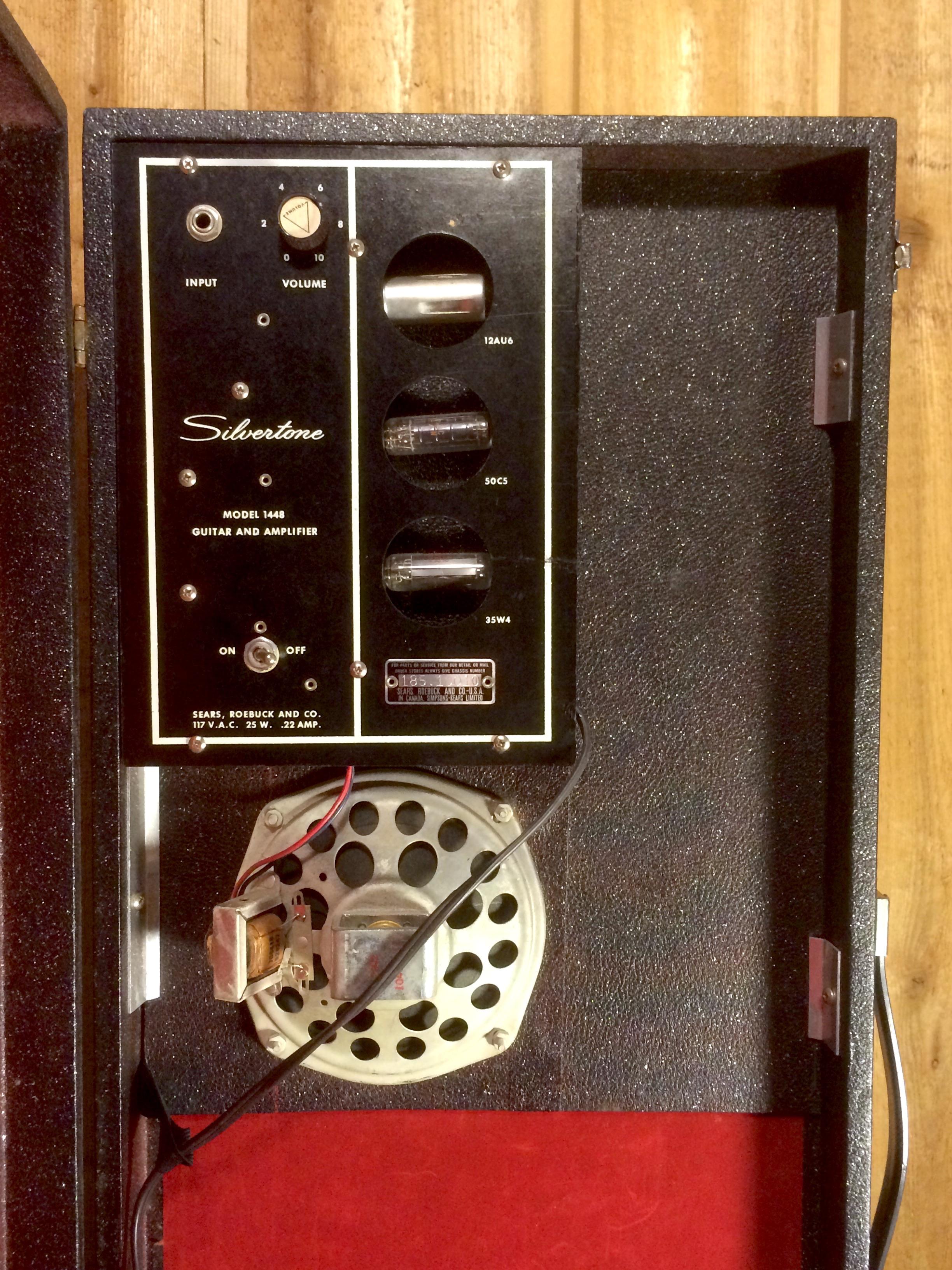 Silvertone 1448 Guitar Case Amp