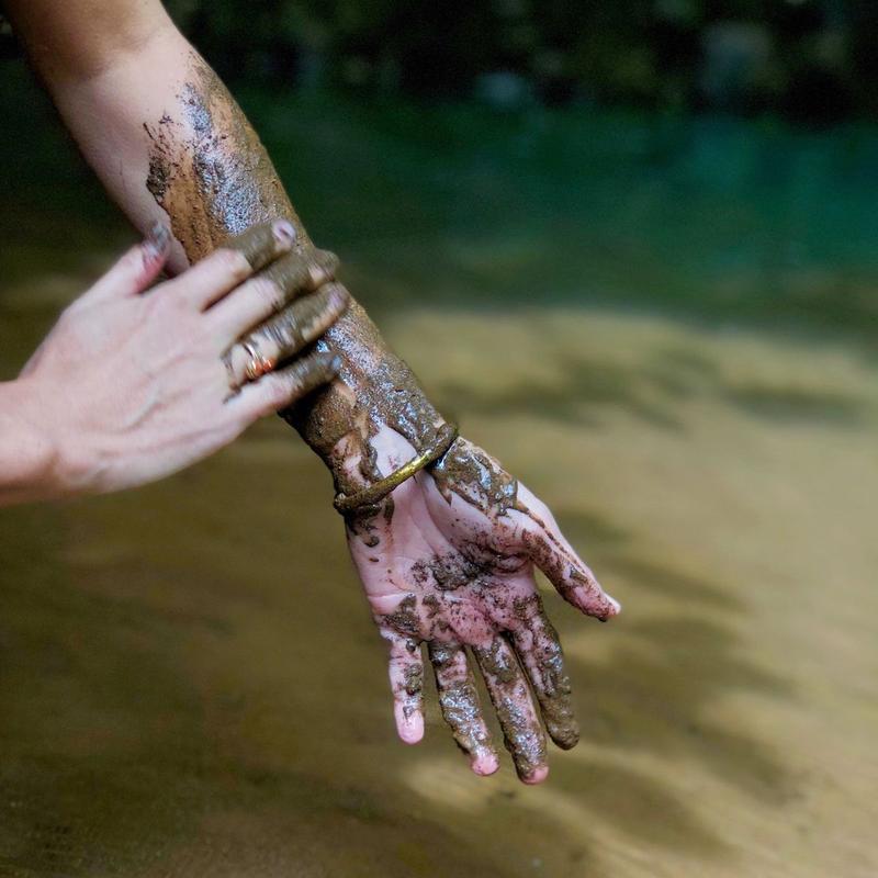 mud_bath_costa_rica1_800x.jpg
