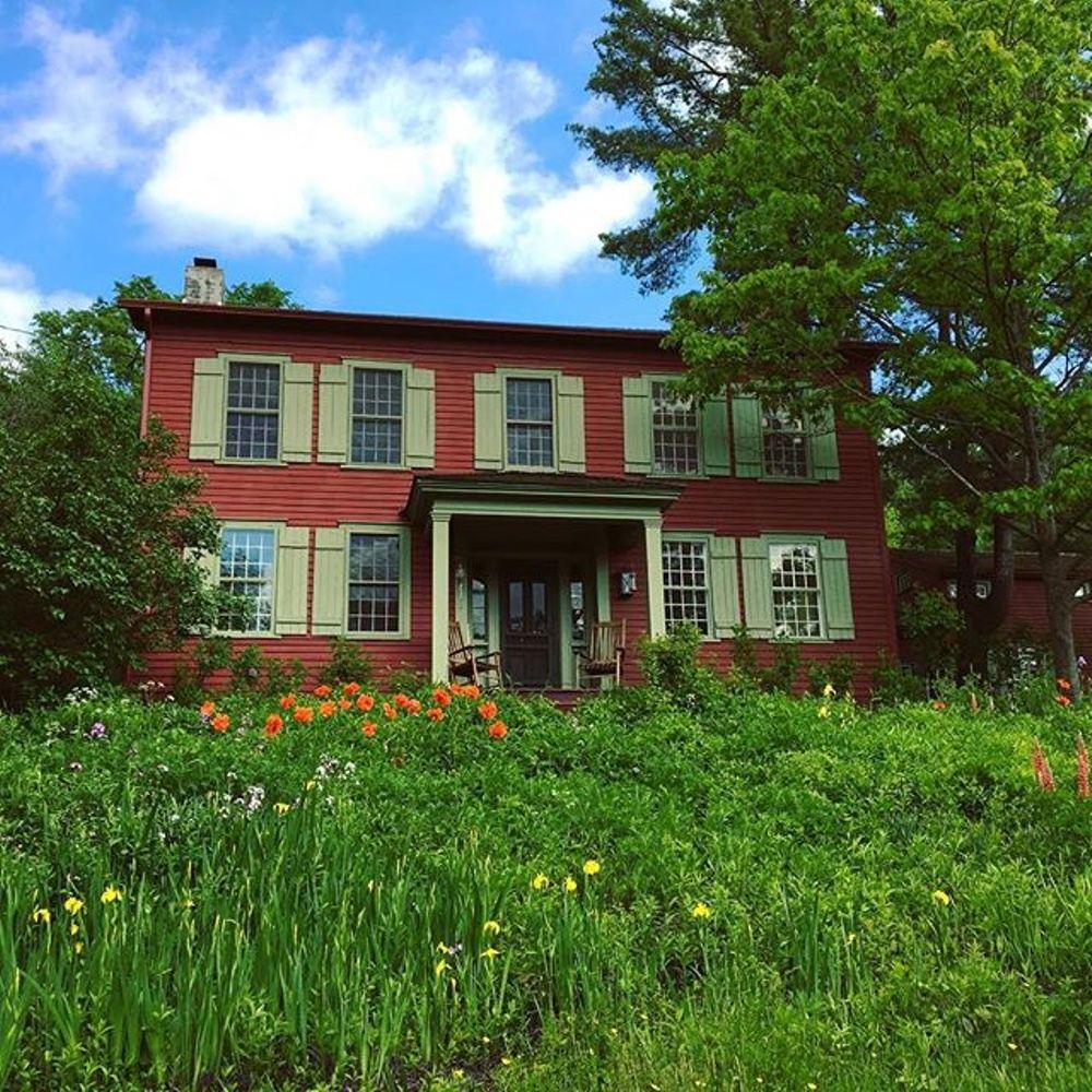 Raven Crest house.jpg