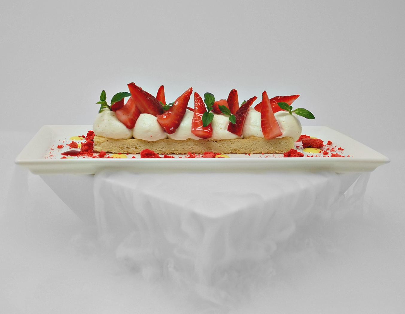 Sablé Fraise, Crème Chantilly Mascarpone aromatisé au Pitacou Citron de Menton