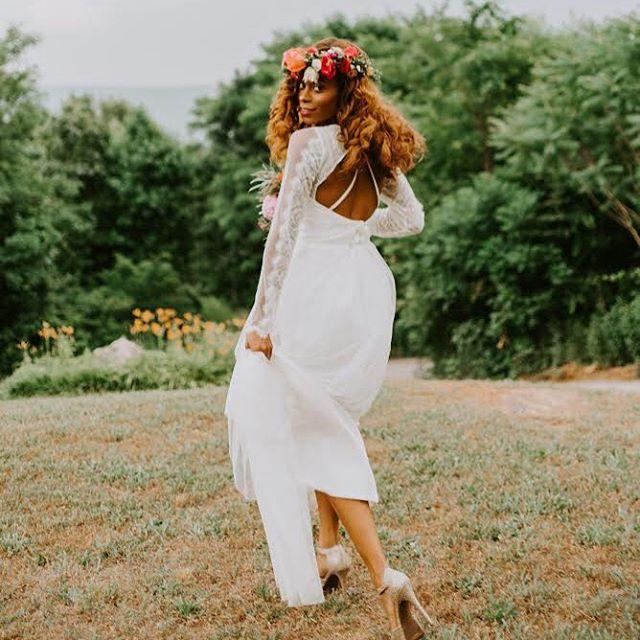 """We crave a soul stirring love & we chase that soul stirring life."" . . . . . . .  Mountain Willow Manor | @mountainwillowmanor  Shaina Ramsey | @shainaramseybeauty Ramble Wood Events | @ramblewoodevents Wonderly Creative | @wonderlycreative Chelsea Mello | @chelseamellophotos  Monica's Bridal | @monicasbridal  Meg Littell | @megmlittell Dominique Williams | @dominiquelatriceprintmodel_ Devante Williams | @edevante"