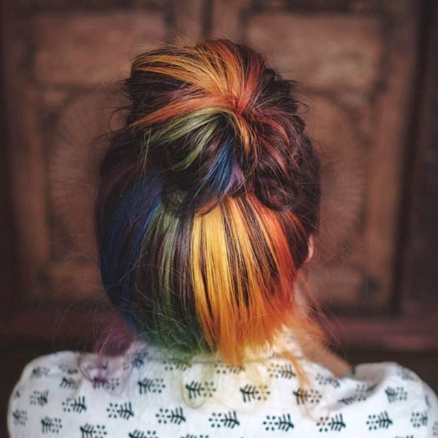 Happy Pride Month 🌈 // Color: @shainaramseybeauty #pridemonth #chattanoogapride #chattanoogahair