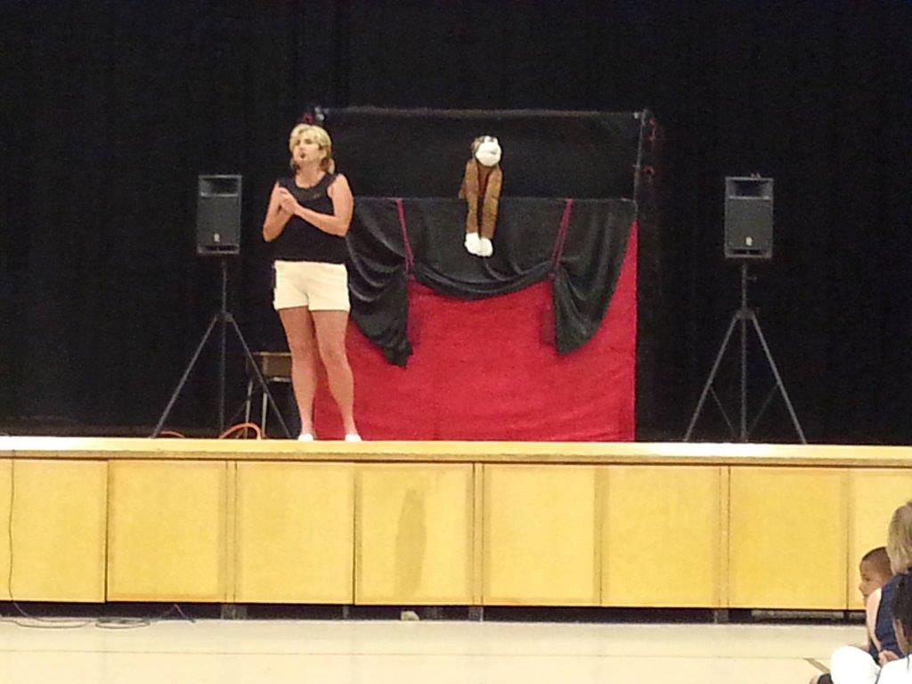 puppets pizzazz assembly with goonie.jpg