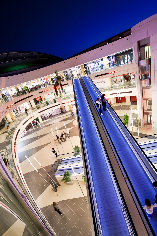 river-west-shopping-mall-18.jpg