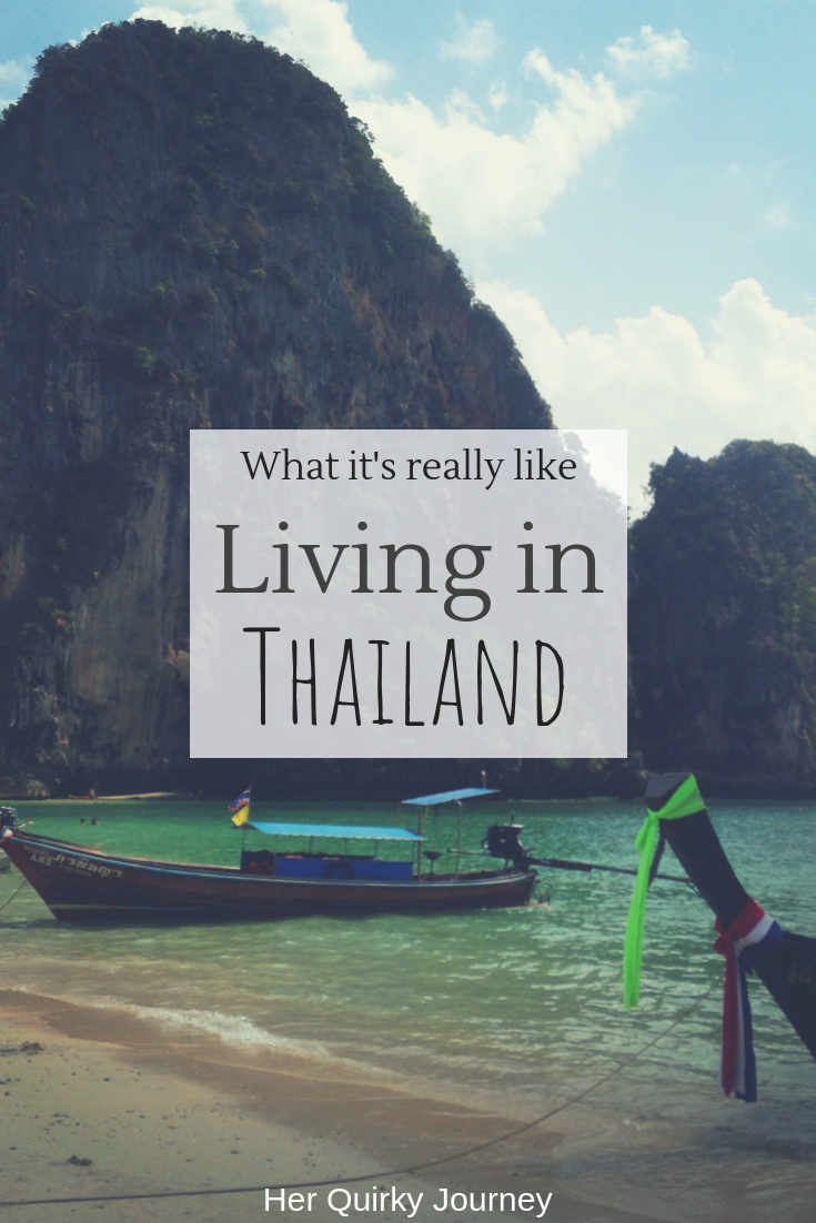 Living in Thailand 2.png