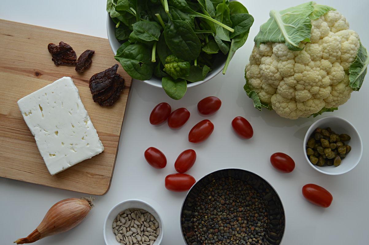 Ingredienser till linssallad