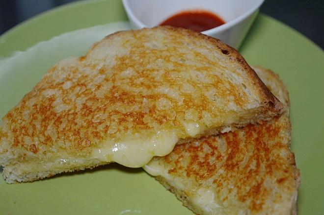 Grilled cheese - varm ostsmörgås