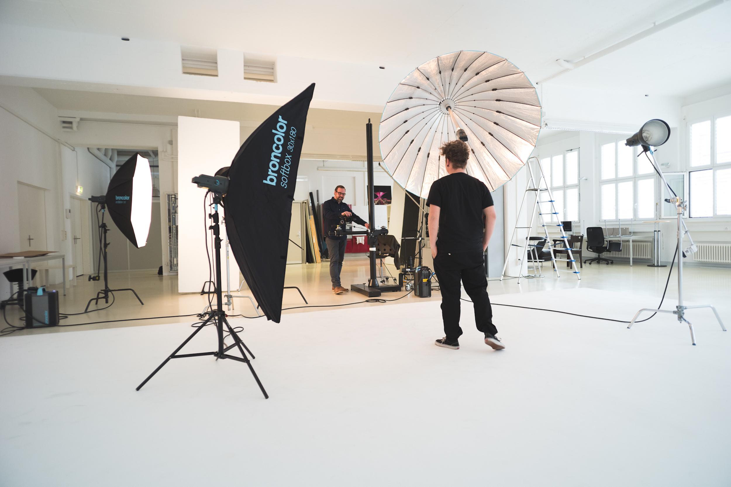 Studio _Shooting_intern.jpg