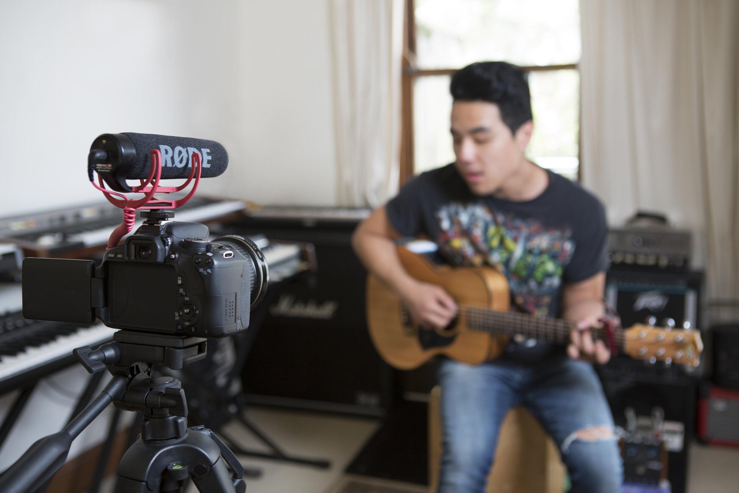 Mikrofonie Video Kamera 1.jpg