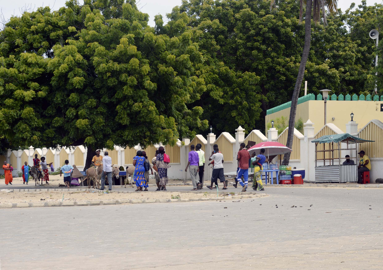 Lamu-Kenya-12-citymladyp.jpg