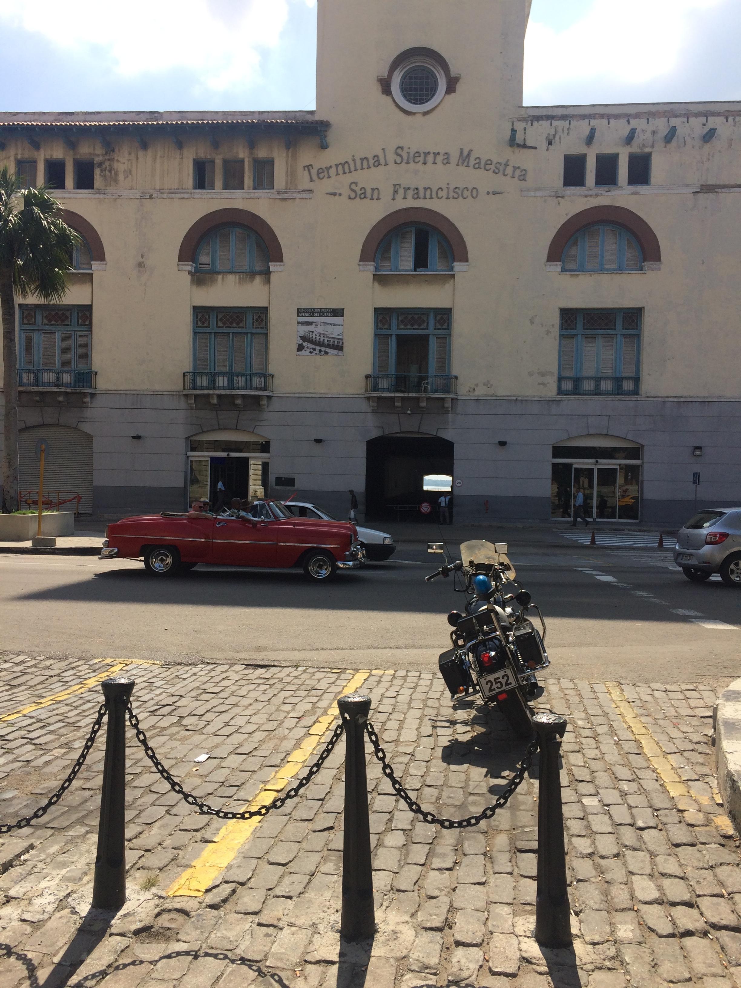 Walking around Old Havana