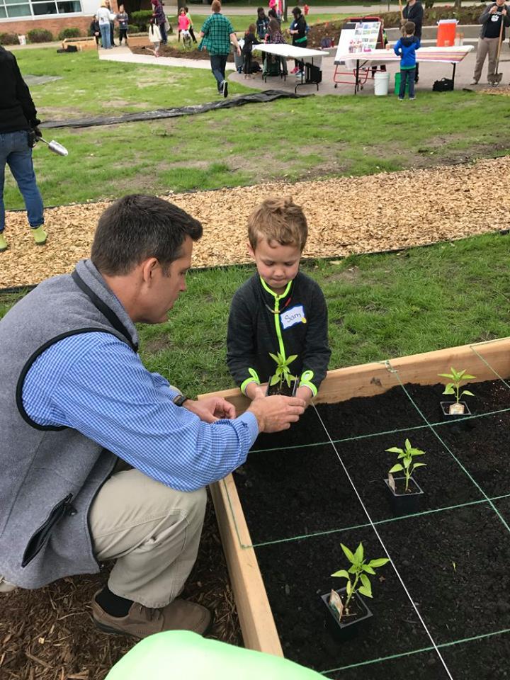 Washburnschoolplanting (1).jpg