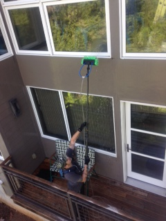 Sky Clean Residential Window Cleaner Uses Deionized Water to Clean