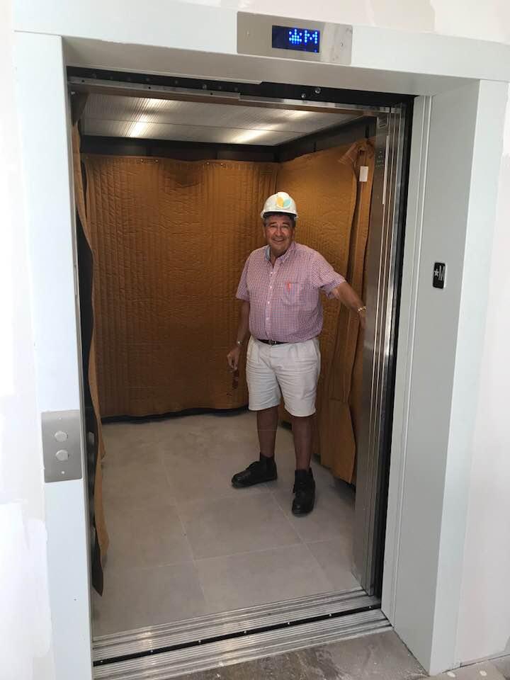 Elevator up.jpg