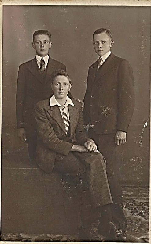 Fred and his brothers.jpg