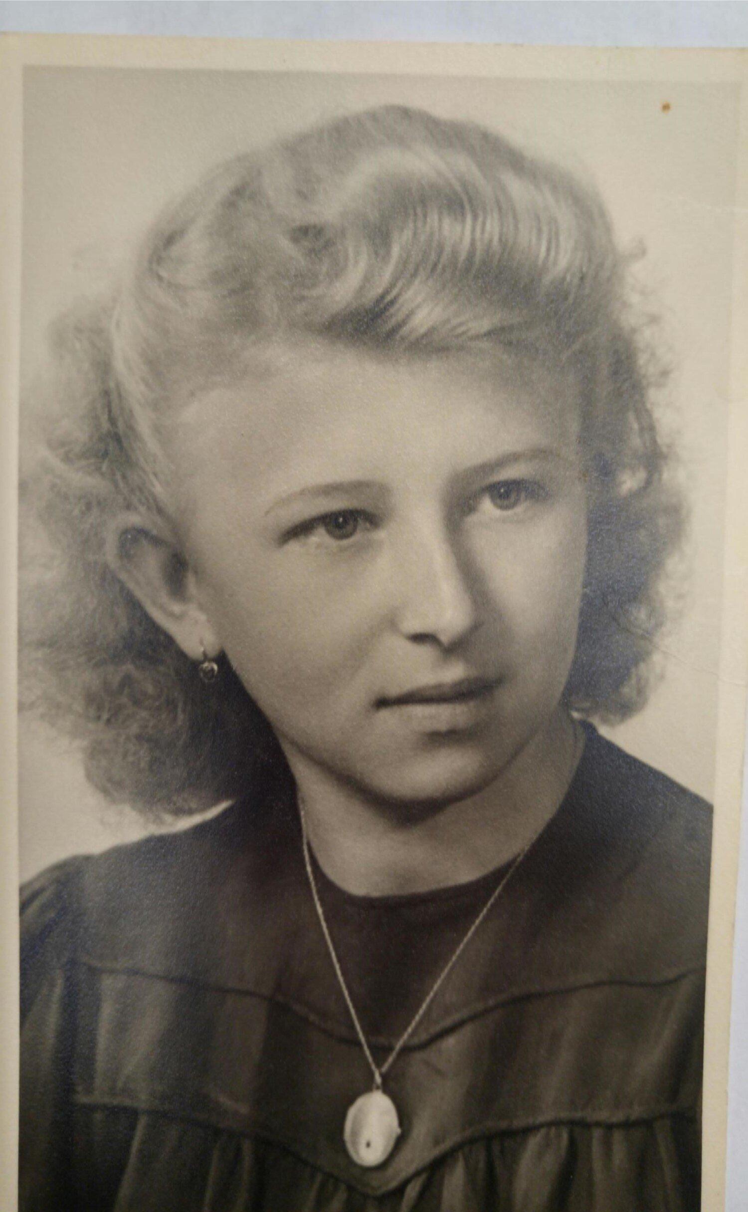 Alina - 1947.jpg