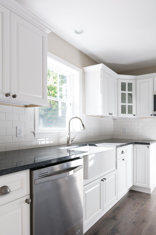 Cedar Hill Colonial, Cumberland, Maine, Farmhouse Kitchen