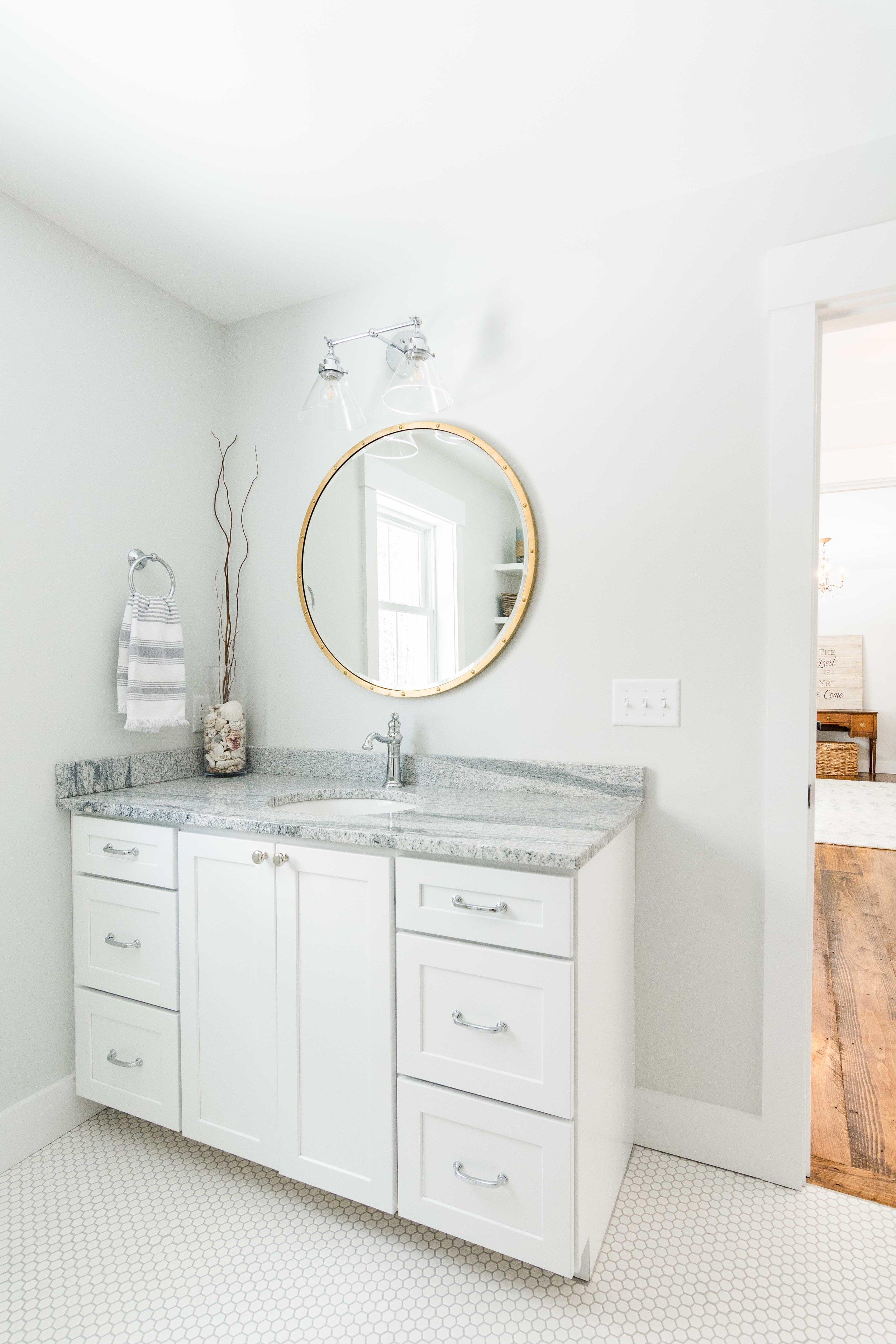 Pleasant River Farmhouse, Windham, Maine, Guest Bathroom