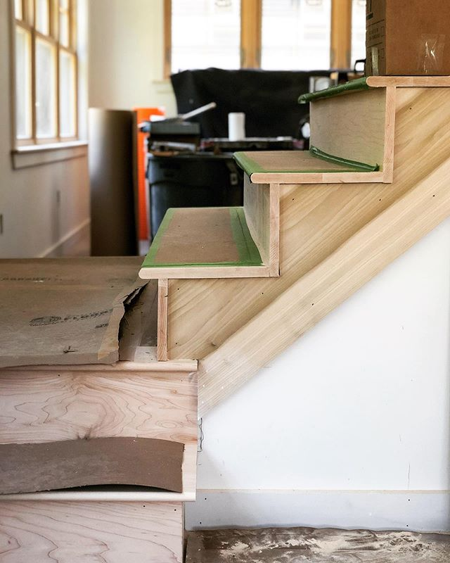 A clean and modern staircase being built at our Andrews Street reno 🏡 . . . . . #homerenovation #staircase #keepcraftalive #mainehomebuilder #modernstaircase #contractorsofinsta  #buildersofig #mainehomes #woodworking #buildwithpassion #mgmbuilders #homedesign #finehomebuilding #mainemade #falmouthmaine