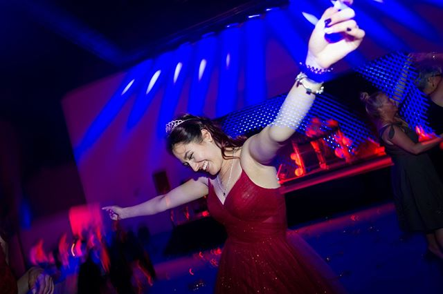 #promqueen⠀⠀⠀⠀⠀⠀⠀⠀⠀ ⠀⠀⠀⠀⠀⠀⠀⠀⠀ :D⠀⠀⠀⠀⠀⠀⠀⠀⠀ ⠀⠀⠀⠀⠀⠀⠀⠀⠀ ⠀⠀⠀⠀⠀⠀⠀⠀⠀ ⠀⠀⠀⠀⠀⠀⠀⠀⠀ ⠀⠀⠀⠀⠀⠀⠀⠀⠀ .⠀⠀⠀⠀⠀⠀⠀⠀⠀ .⠀⠀⠀⠀⠀⠀⠀⠀⠀ .⠀⠀⠀⠀⠀⠀⠀⠀⠀ .⠀⠀⠀⠀⠀⠀⠀⠀⠀ .⠀⠀⠀⠀⠀⠀⠀⠀⠀ #abiball #abitur #abi #prom #abiball2020 #abi2k20 #abitur2020 #abi2020 #abschluss2020 #ak20 #abisupertramps #party #partyfotos #event #eventfotos #tanzen #dancen #schule #schoolsout #schoolsoutforsummer #abiballkleid #sommerferien #abschluss