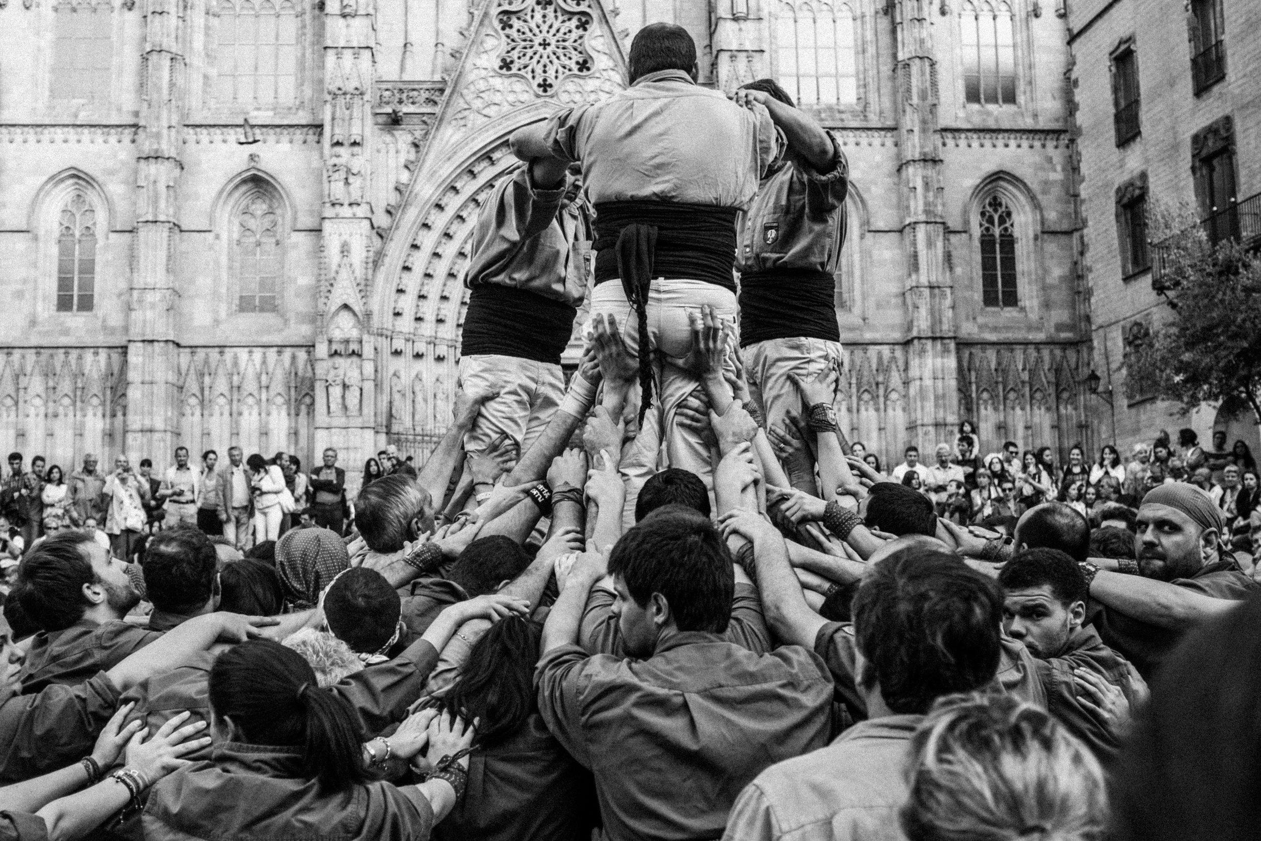 Castellers by Jorge Güiro 8.jpg
