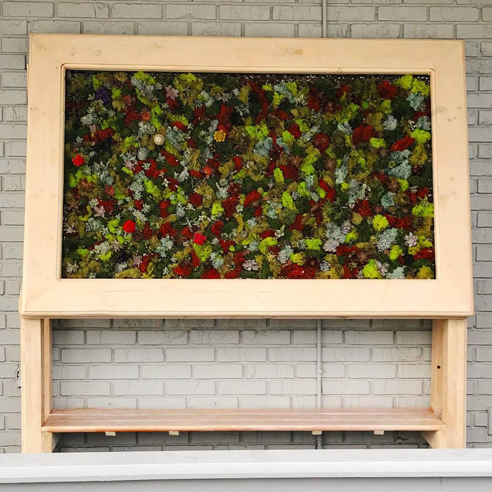 Vertical Garden Table Front
