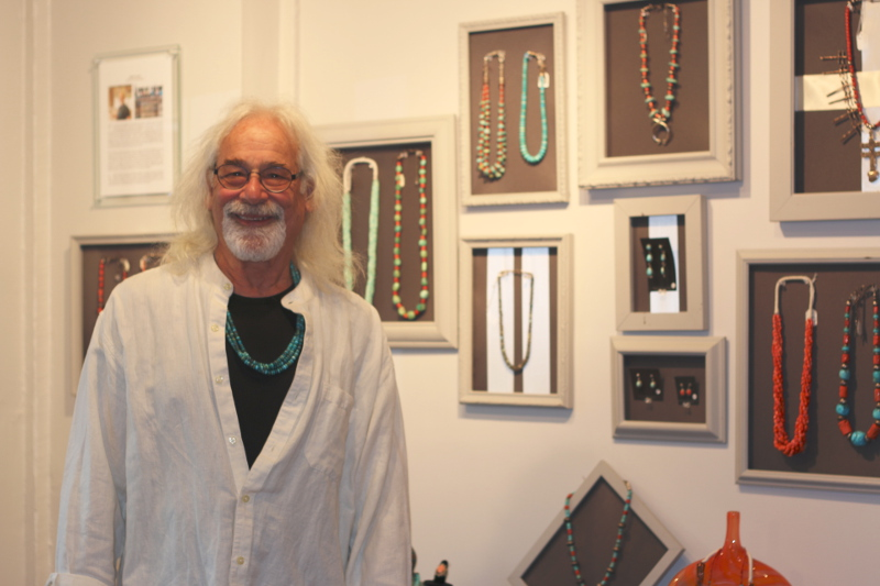 Jewelry maker Jeff Lewis (photo by Shannen Hayes)