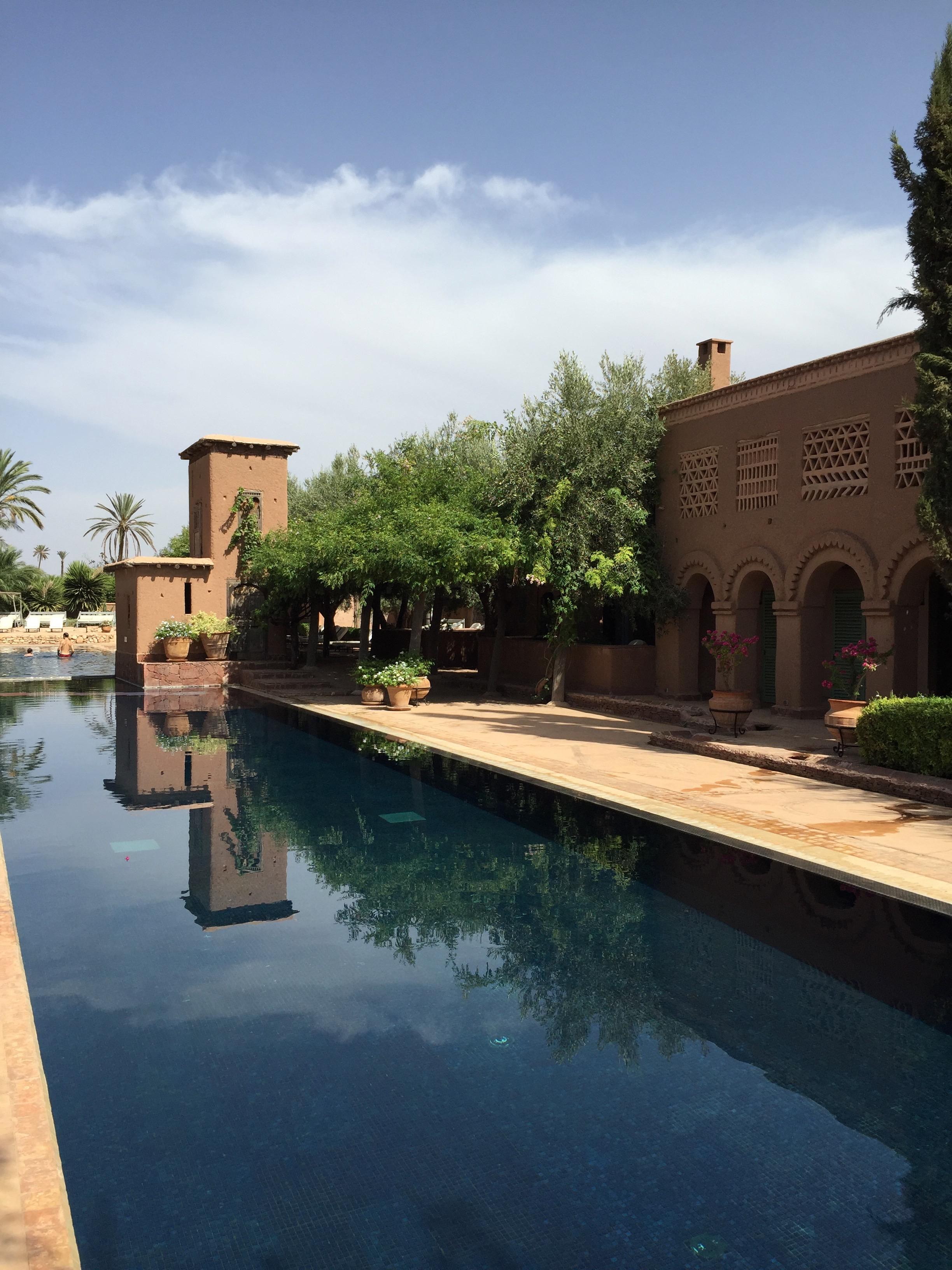 Travel Marrakech Beldi Country Club Fer Millan big pool Fernanda Milla.jpg