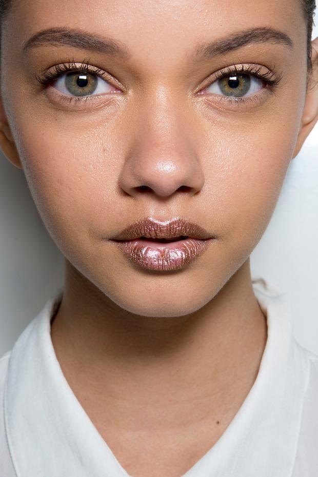 metallic-rose-lip.jpg