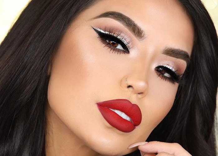 7-Red-Lipstick-Makeup-Looks-for-Every-Day-of-The-Week-1.jpg