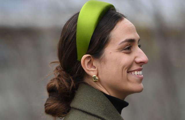 new-york-fashion-week-street-style-prada-headband.jpg