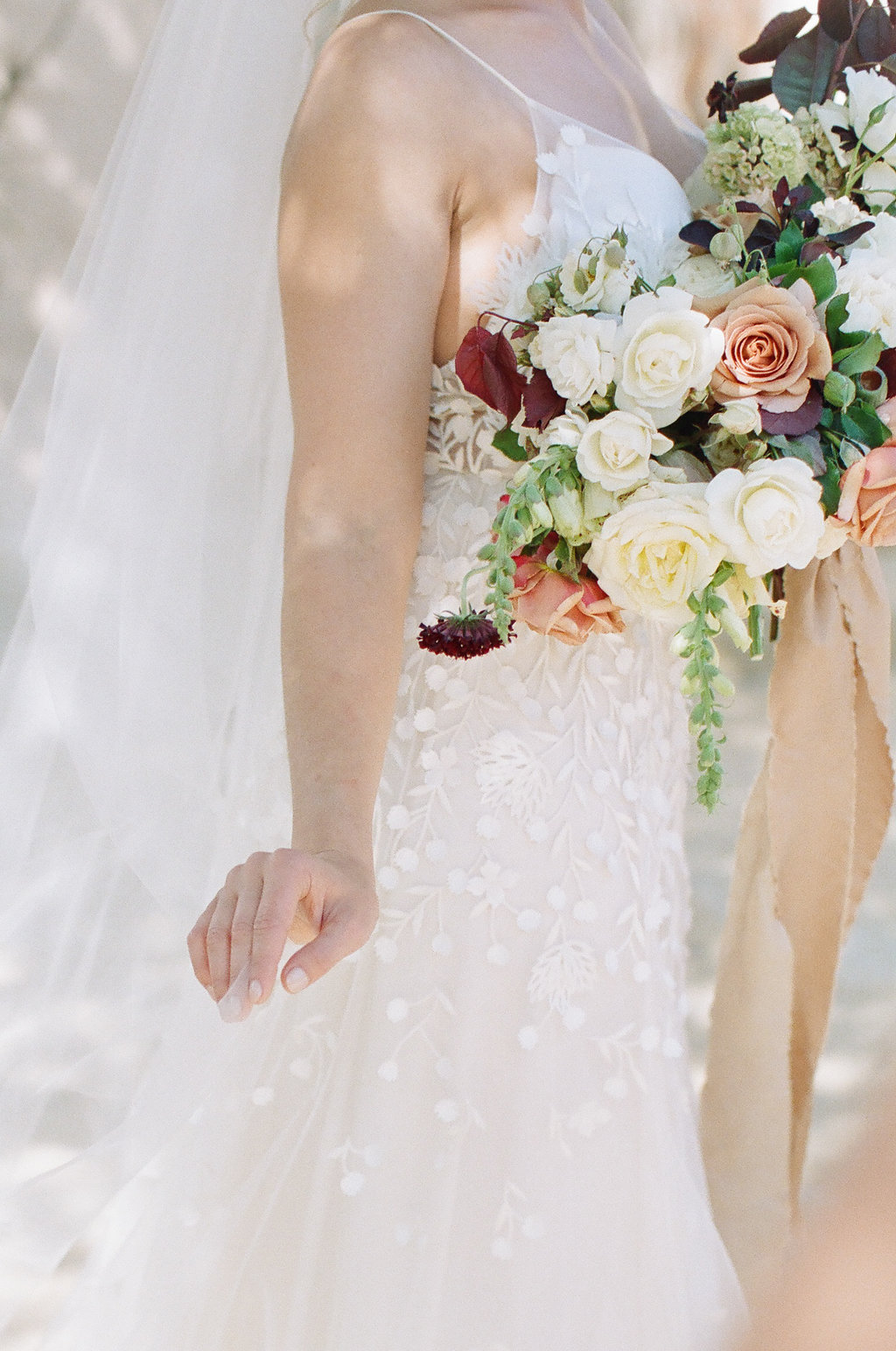 Check Out This California Wedding Dress and Bouquet