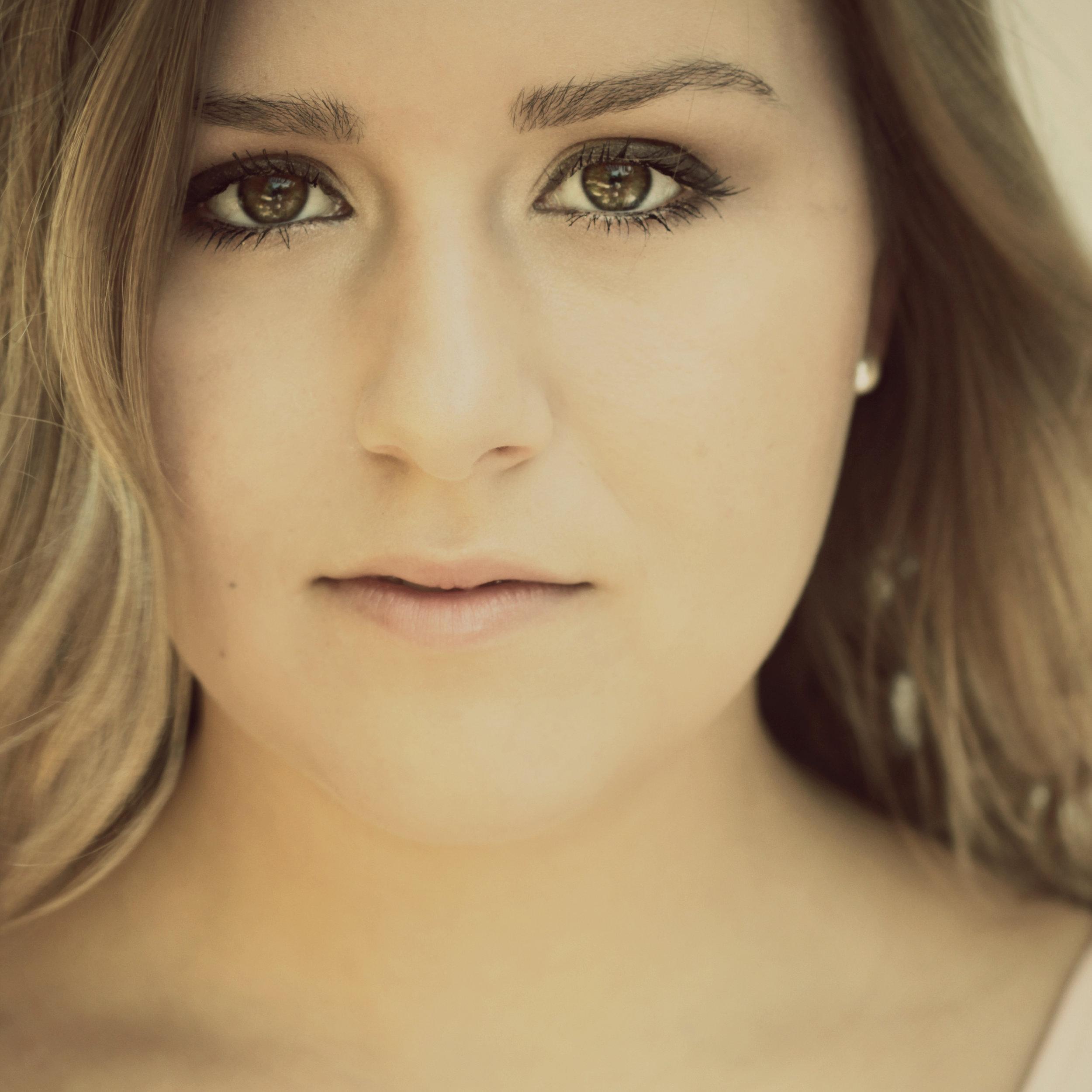 Gracie Schram Music