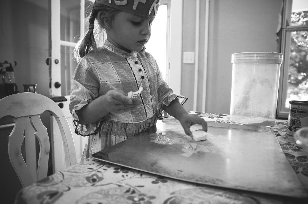 astrid-makes-cookies-fall-2015-blog-10-of-23.jpg