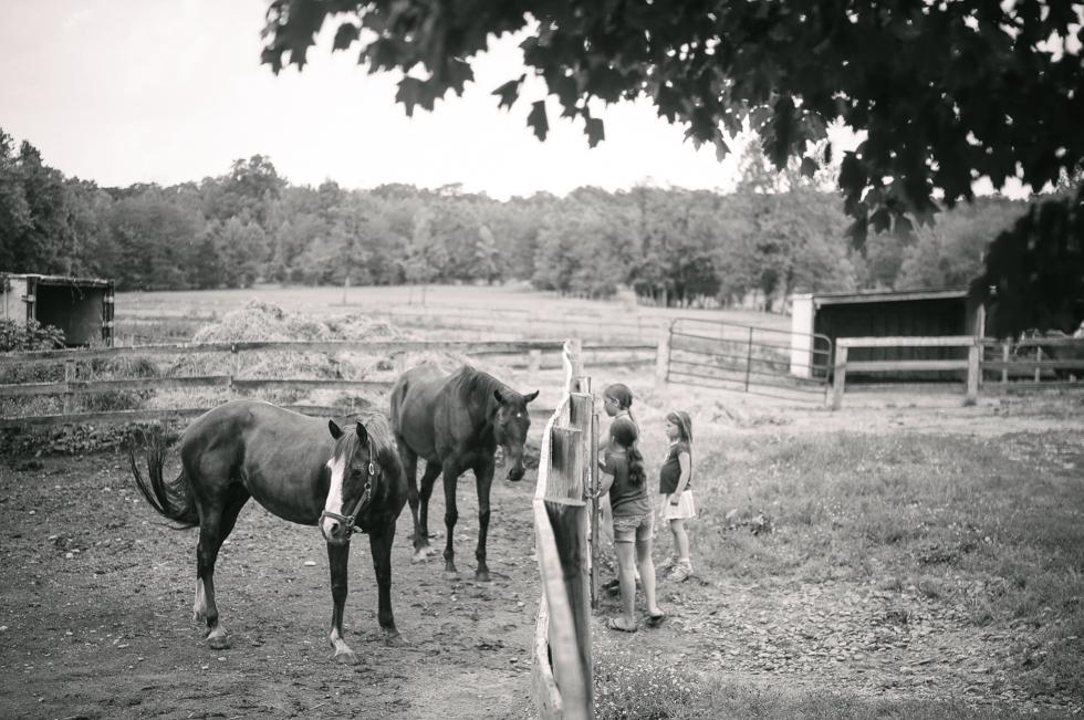 Ruby at the Farm- McKenzie Elizabeth Photography blog-58.jpg