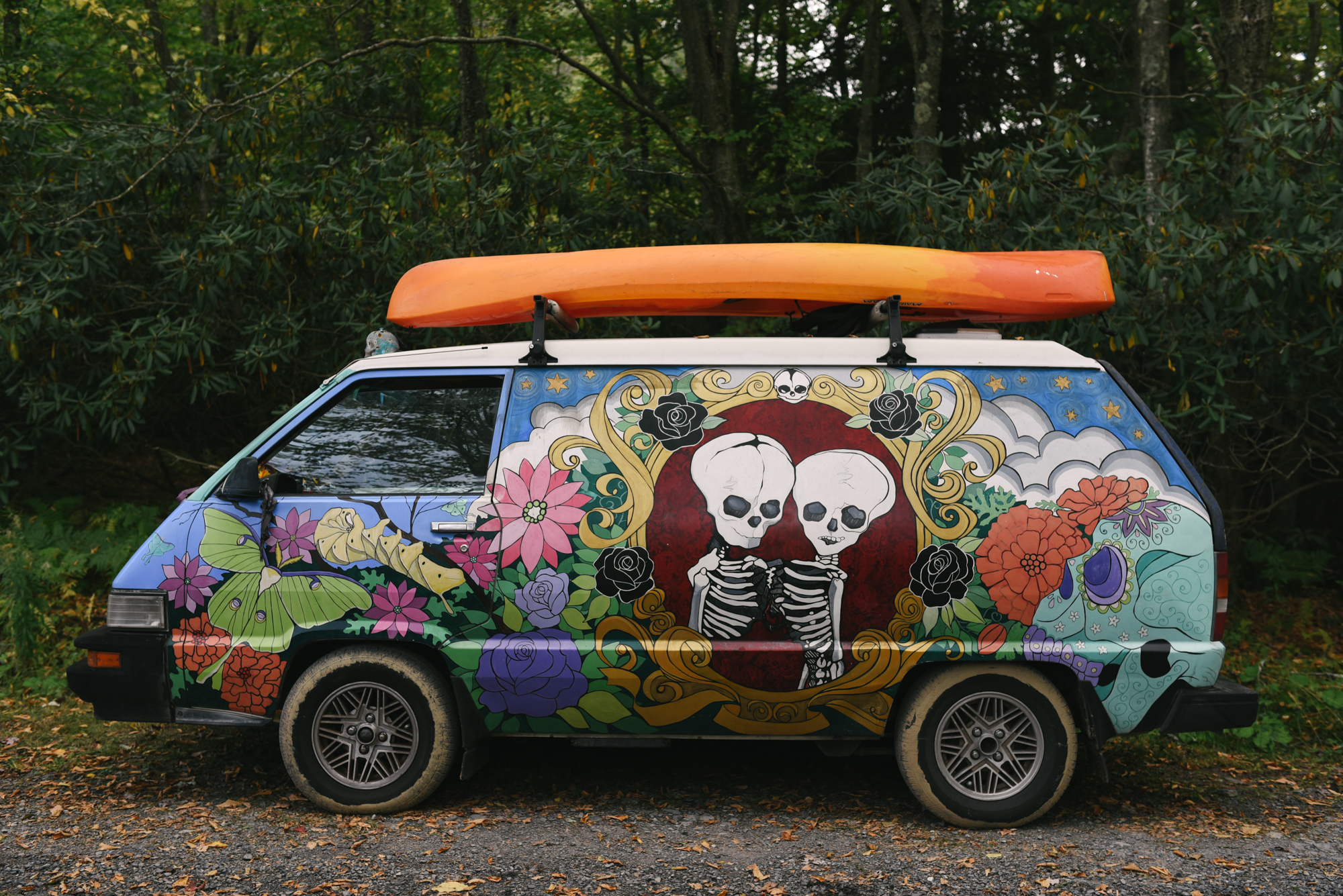 Mountain Wedding, Outdoors, Rustic, West Virginia, Maryland Wedding Photographer, DIY, Casual, Colorful painted van, painting of skeletons on van