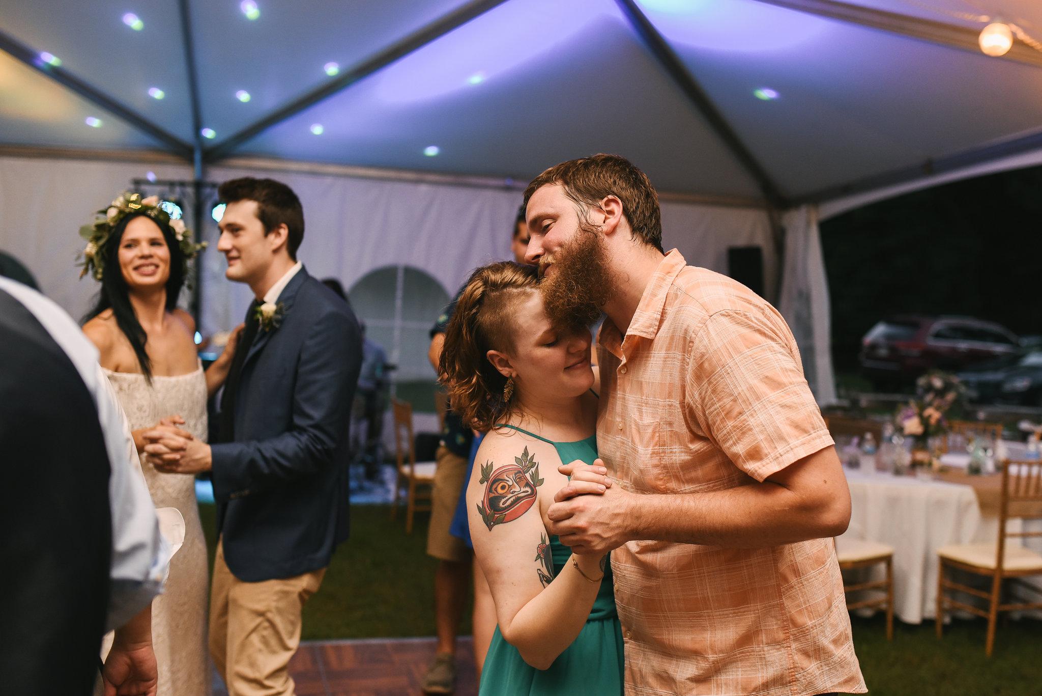 Maryland, Eastern Shore, Baltimore Wedding Photographer, Romantic, Boho, Backyard Wedding, Nature, Couple Slow Dancing at Reception