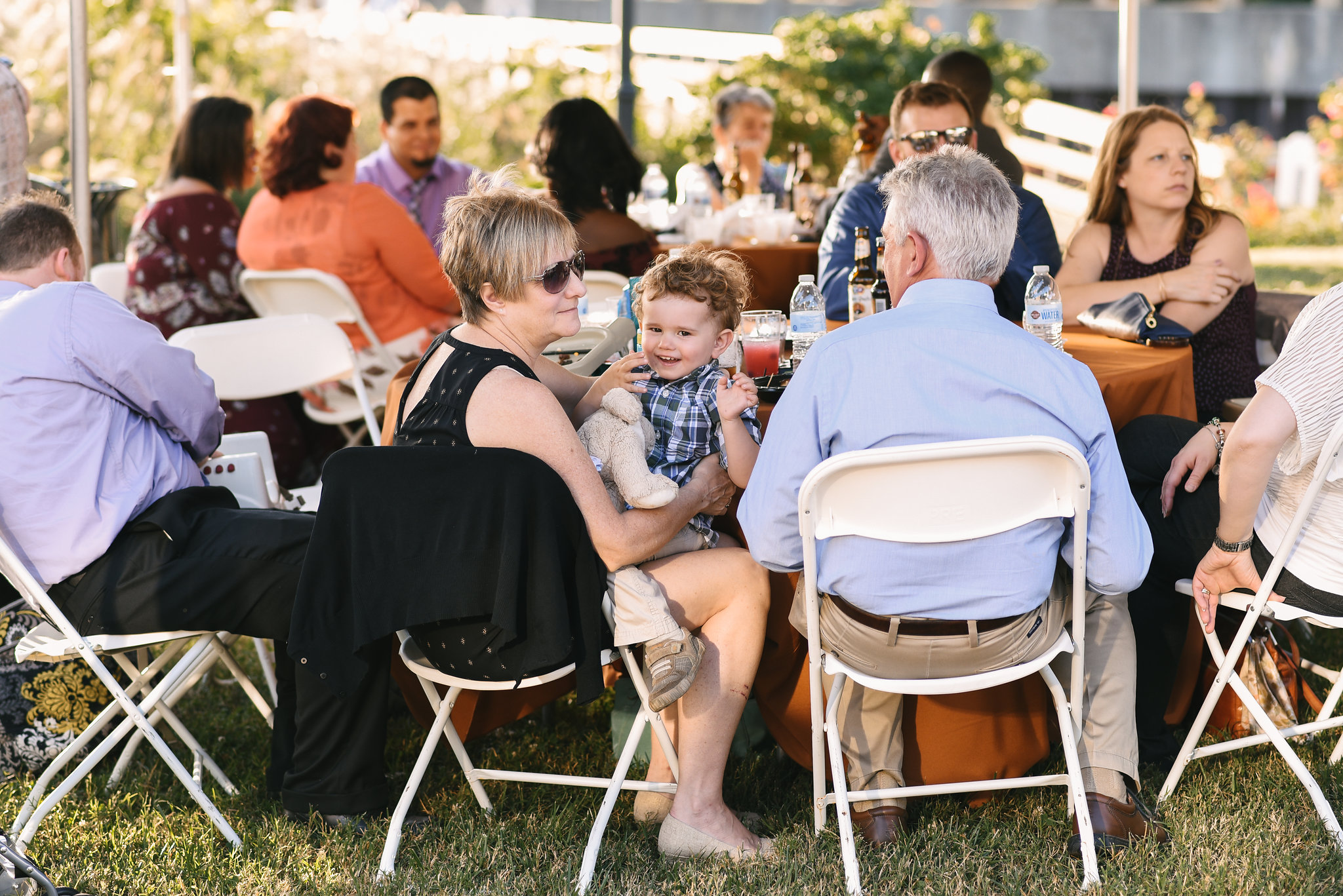 Baltimore, Canton, Modern, Outdoor Reception, Maryland Wedding Photographer, Romantic, Classic, Boston Street Pier Park, Wedding guests at tables during reception