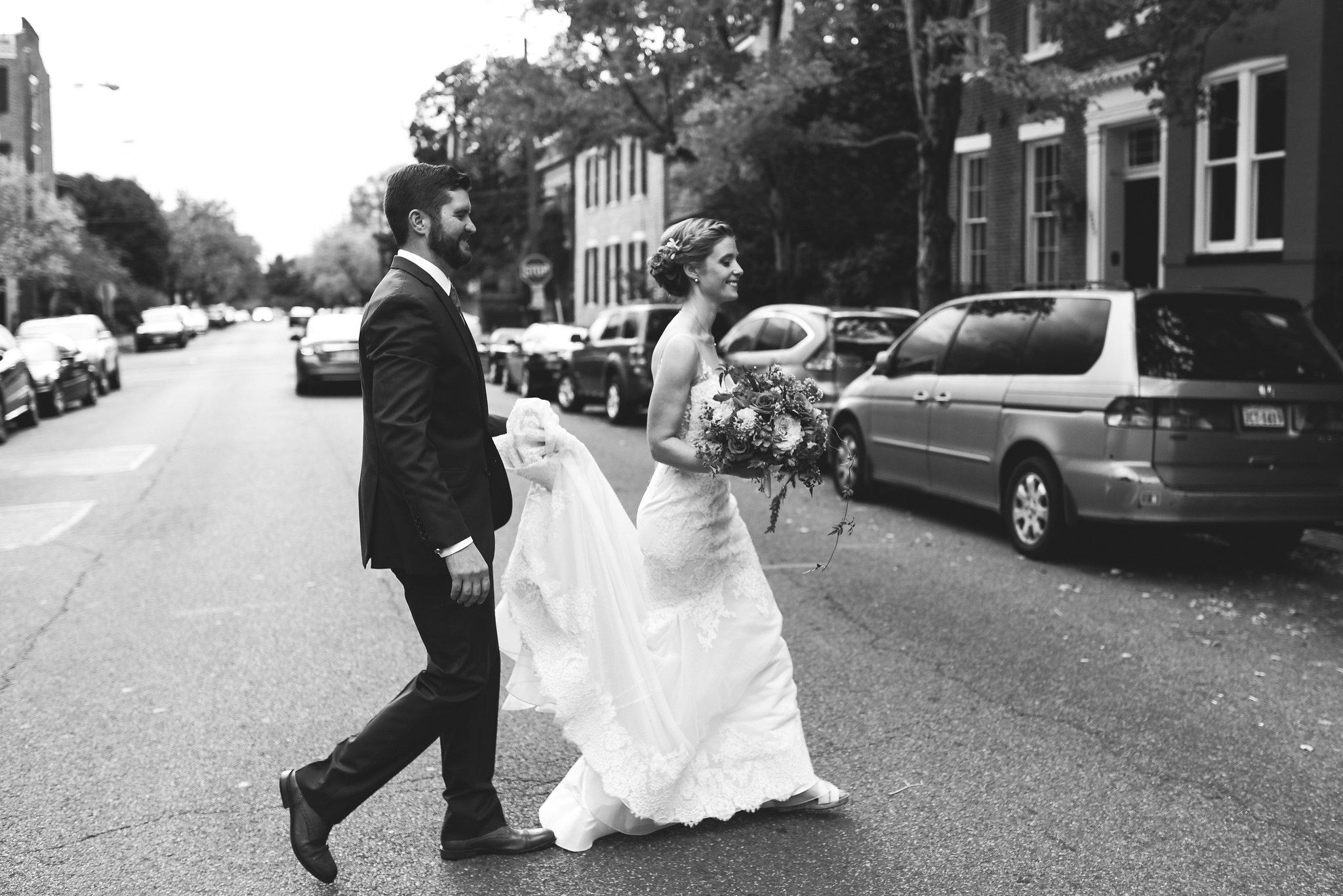 Alexandria, Virginia, Autumn Wedding, Historic Wedding, Old Town, DC, Black and White Photo, Outdoor, Bride and Groom, Maryland Wedding Photographer