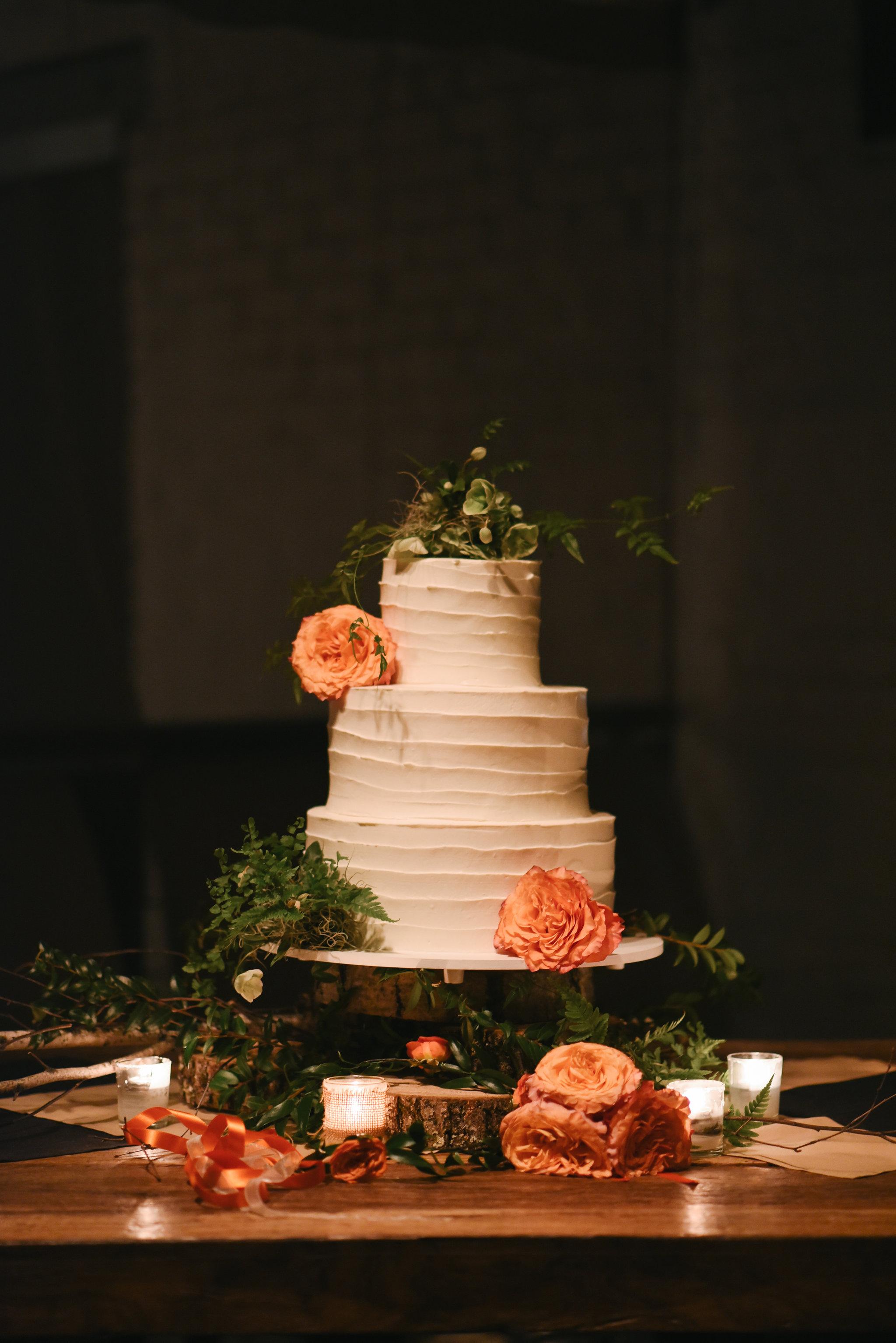 Alexandria, DC, Wedding Cake, Rustic, Pastries by Randolph, Fall Wedding, Reception, Cake Photo