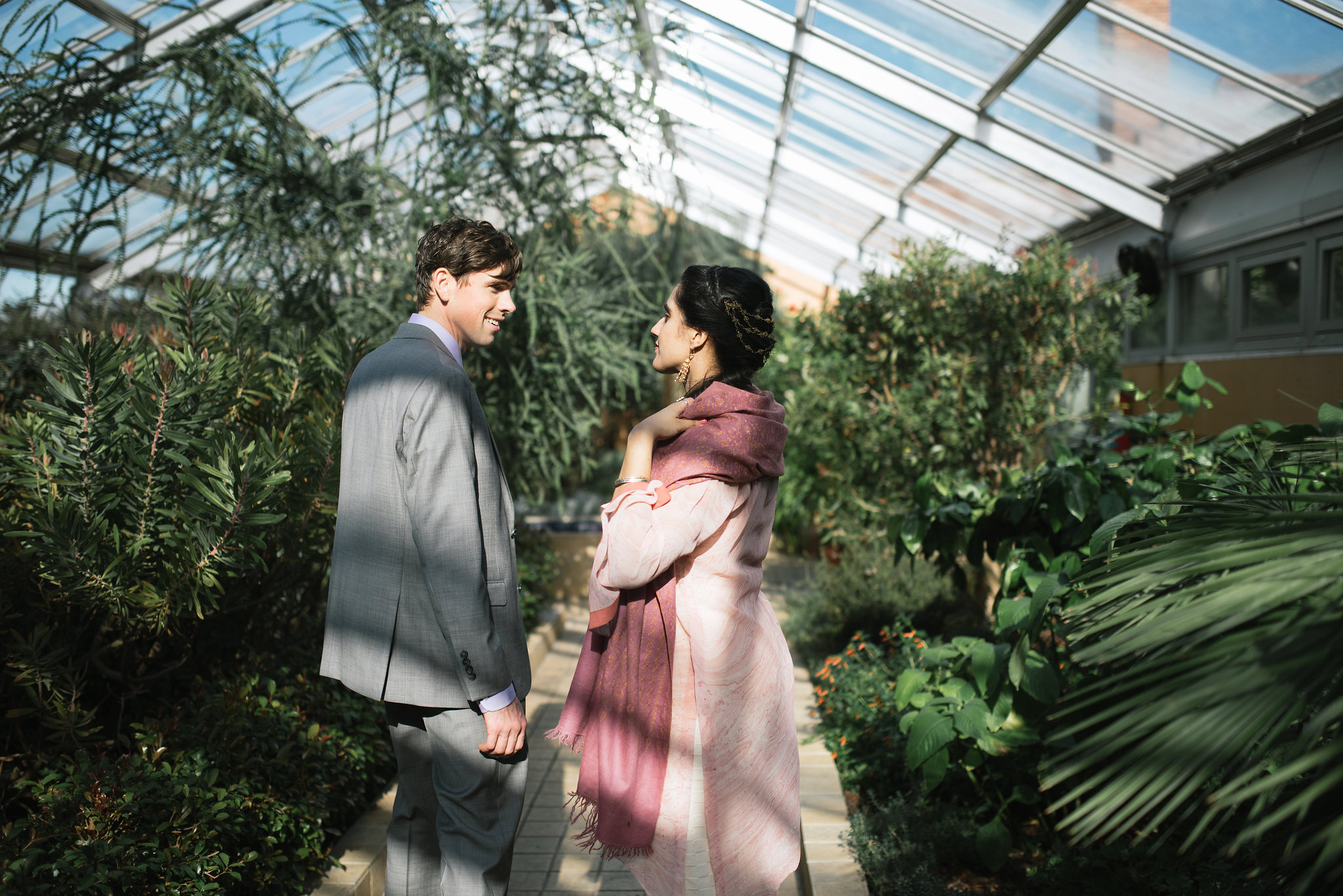 Elopement, Weekday Wedding, Towson, Rawlings Conservatory, Greenhouse, Baltimore Wedding Photographer, Indian American, Outdoor, Nature, Romantic, Garden, Bride and Groom