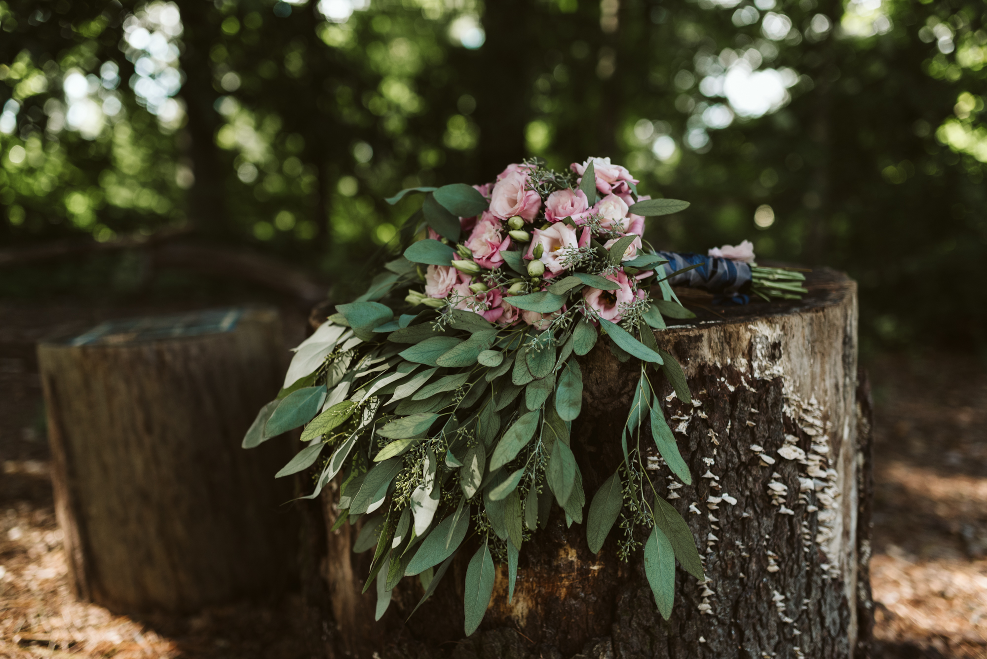Pop-up Ceremony, Outdoor Wedding, Casual, Simple, Lake Roland, Baltimore, Maryland Wedding Photographer, Laid Back, DIY Flowers, Bouquet with Eucalyptus and Lisianthus, September Wedding