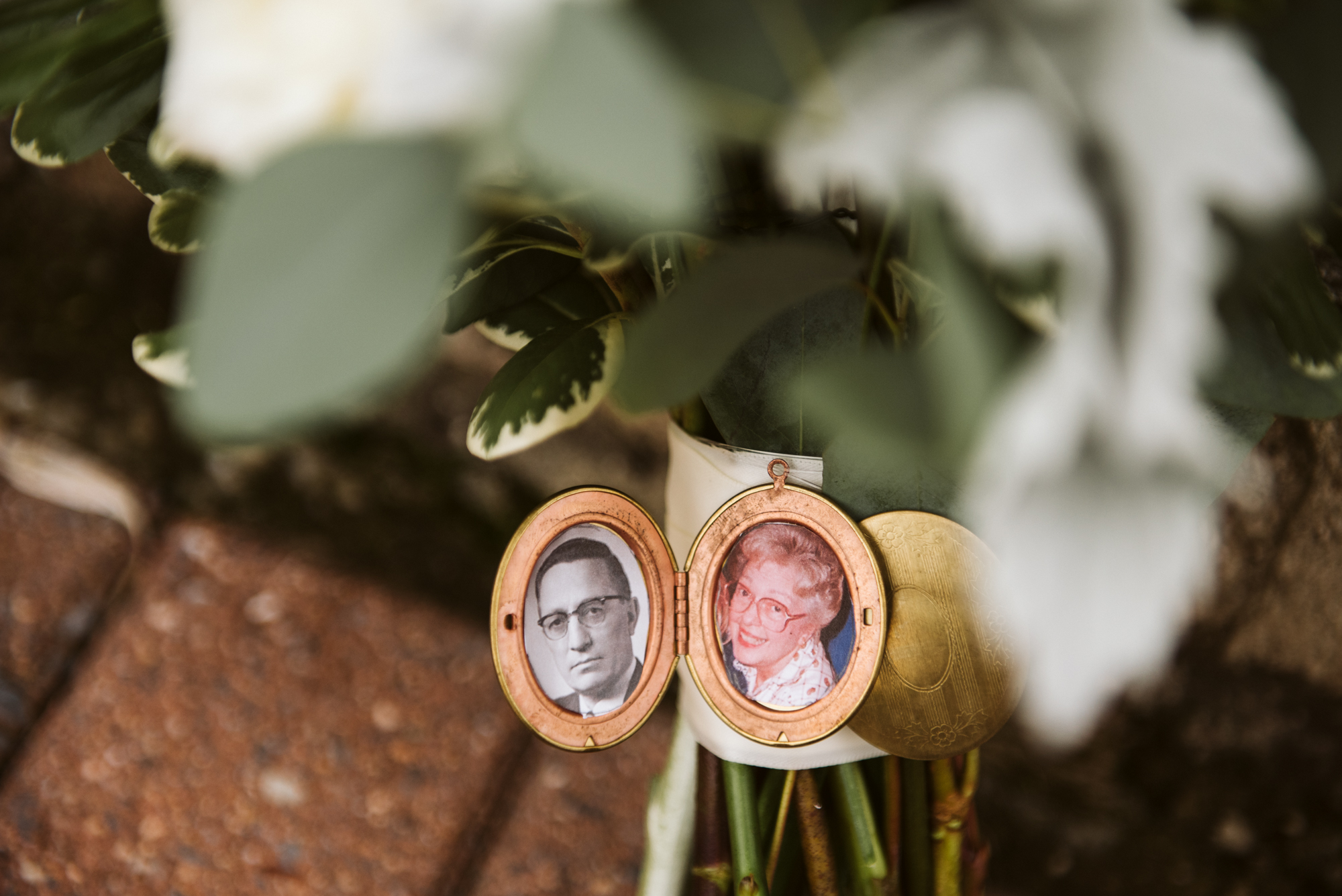 Elegant, Columbia Country Club, Chevy Chase Maryland, Baltimore Wedding Photographer, Classic, Traditional, Jewish Wedding, Wedding Bouquet with Locket Holding Grandparents' Photos